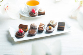 Tipiak Unveils New French Chocolate Petits Fours for Foodservice