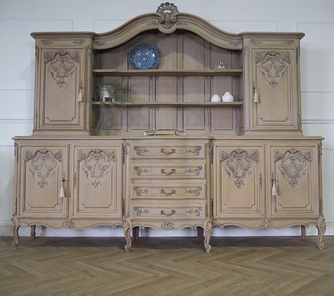 Large French Louis XV Vintage Dresser Cabinet in Limed Oak Raw wood