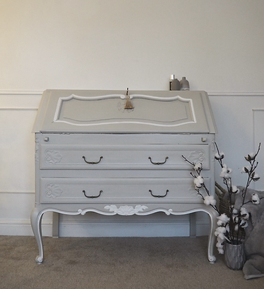 Lovely French Louis XV Writing Bureau in Grey white