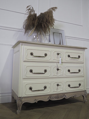 French Louis XV style vintage Drawers in cream Limed Oak