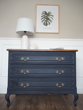 Small french Louis XV Style Chest of Drawers in navy blue