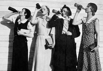 vintage beer drinkers