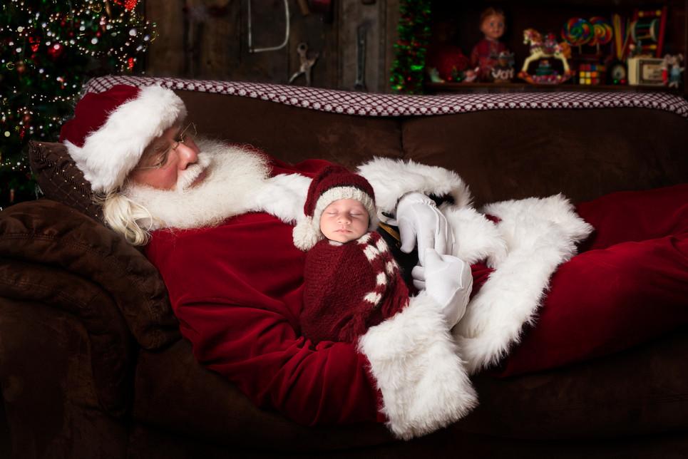 santa-sleeping-insert-download.jpg