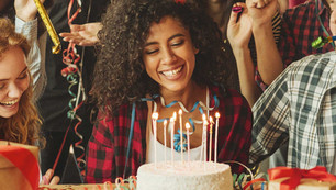 9 Ways To Make a Great Video Message For a Friend's Birthday
