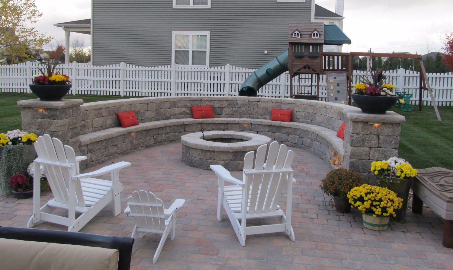 Firepits by StoneWall Landscapes