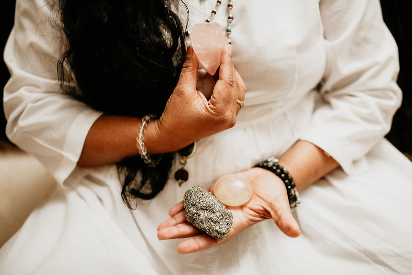 Ayurveda therapy reiki and energy healing with Purnima