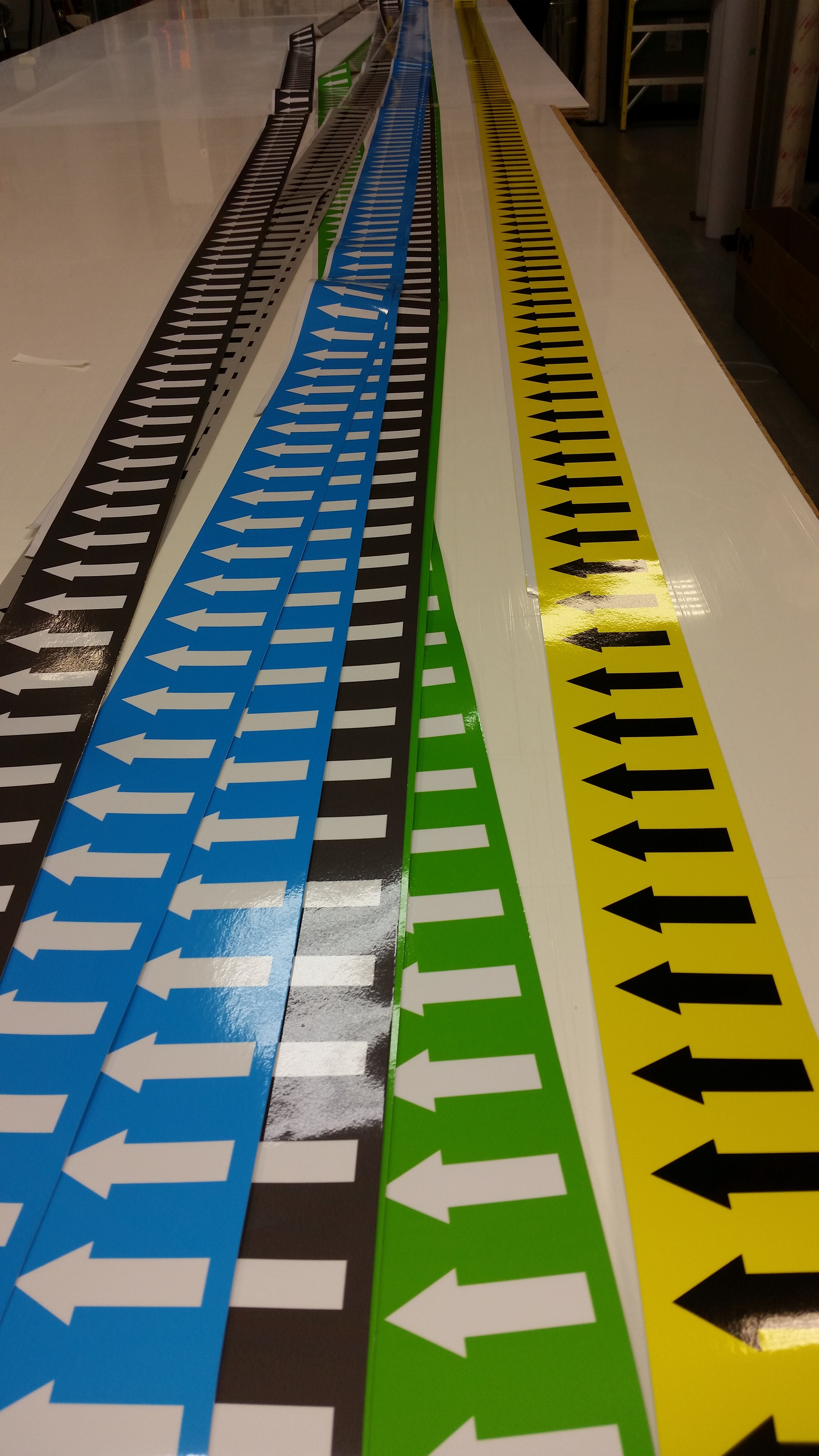 Pipe marking decals