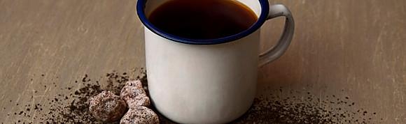 Hot Plum Thai Tea