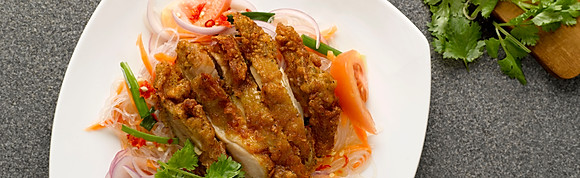Yum Thai Salad Glass Noodle w Crispy Chicken
