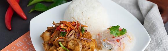 Thai Garlic Black Pepper Crispy Fish w Rice