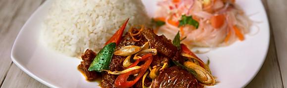 Tom Yam Sauteed Beef with Rice