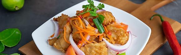 Yum Thai Salad Glass Noodle w Crispy Fish