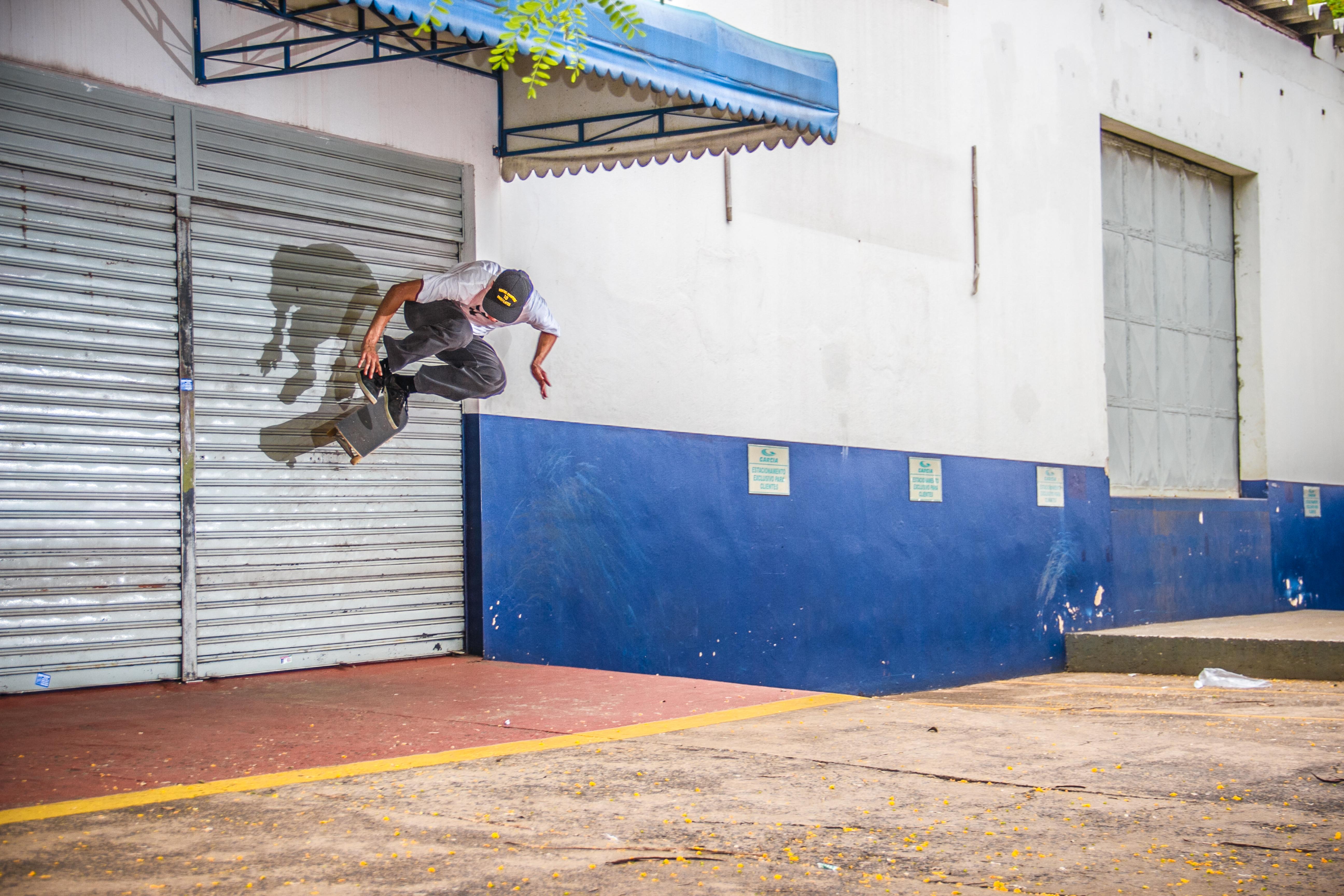 Pedro Biaggio - Flip Wallride