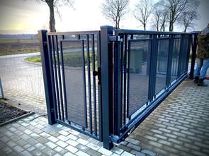 Modern Gate 3