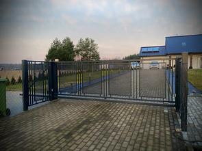 Modern Sliding Gate 1