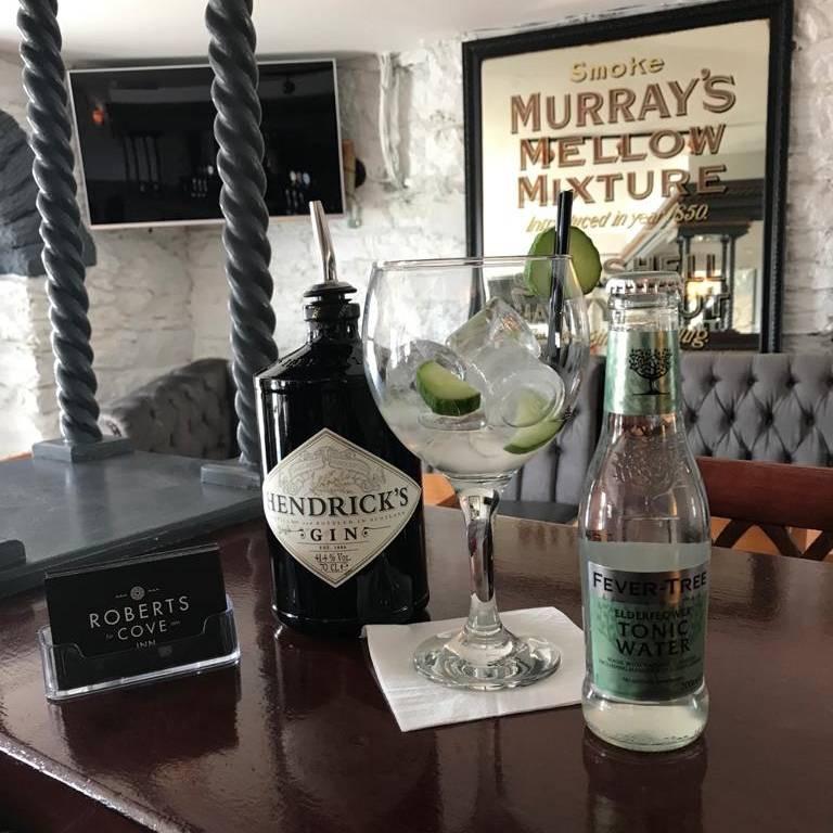 Roberts-Cove-Inn-Gin.jpg