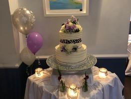 Roberts Cove Inn Wedding Cake.JPG