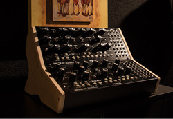 Moog Mother 32 MDF Dual stand