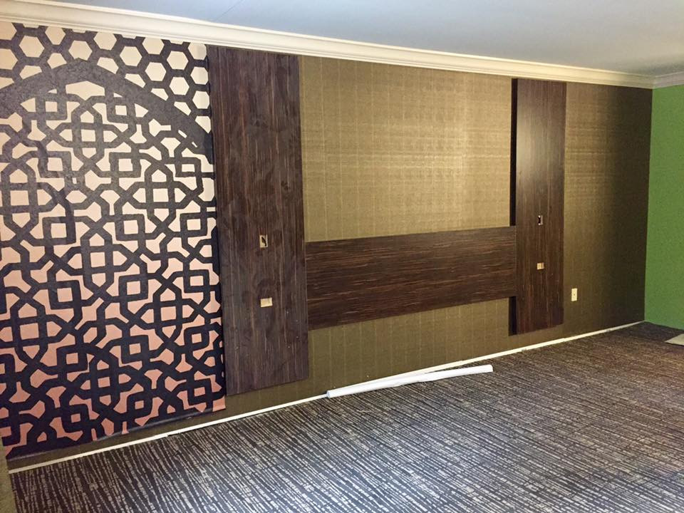 Vinyl wall coverings in one of the guest rooms