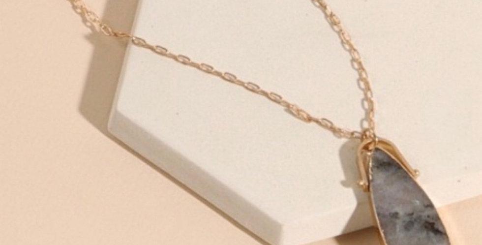 Natural Stones Pendant Long Necklace