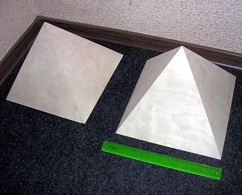 Неокрашенная лечебная пирамида не имеет посторонних запахов, и сразу пригодна для лечения гипертонии, мигрени и болей