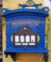 ドイツの青い郵便ポスト