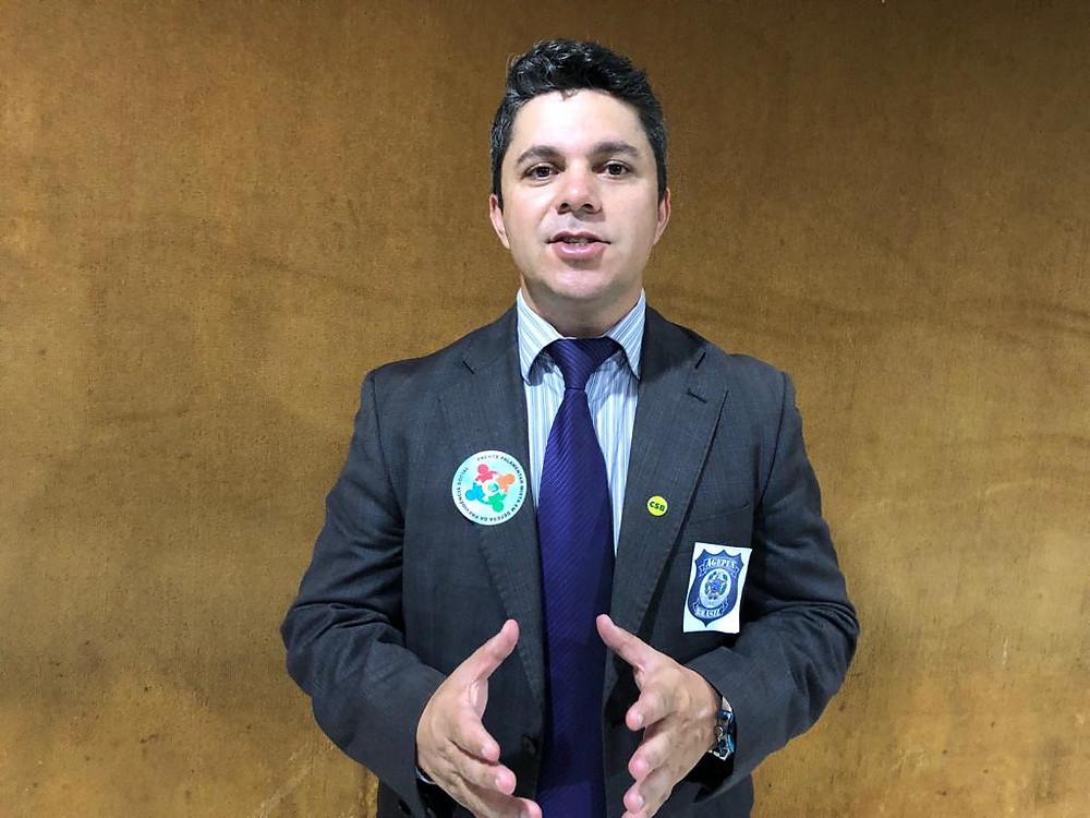 Presidente da AGEPEN-Brasil, Leandro Allan que recebeu documento da Direção do Depen em favor do Sistema Prisional