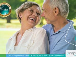 Conheça os benefícios da dentadura fixa