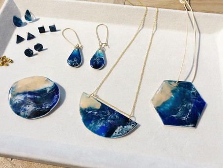 Resin seascape jewellery