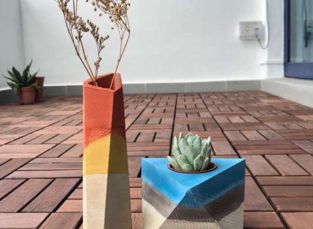 Concrete vase + planter