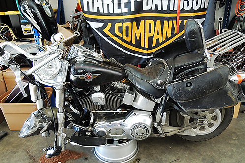 "**PARTING** 2000 HD FLSTF Softail Fatboy 88"" carb."