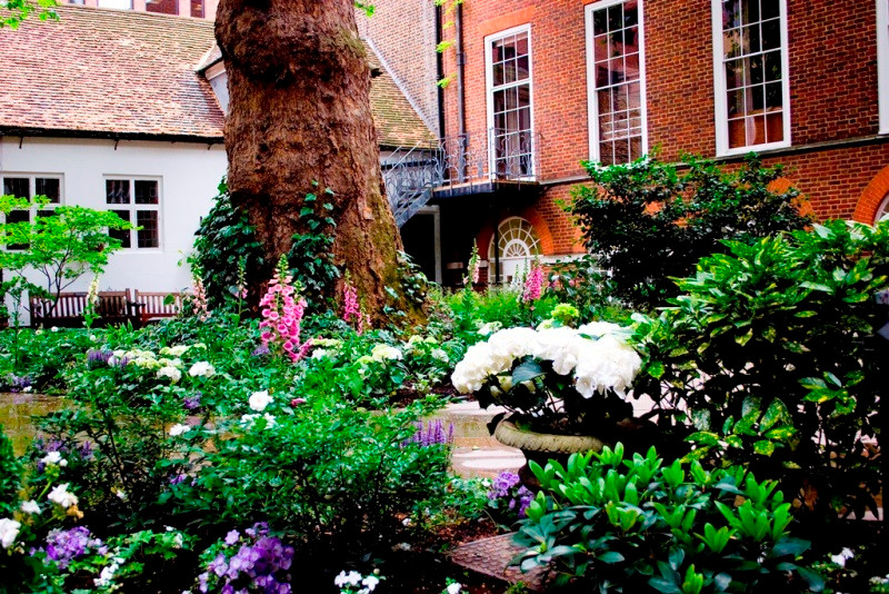 Stationers Hall Garden, Corporate Summer Venue