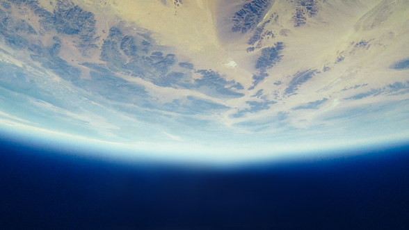 Voyage dans l'espace avec Thomas Pesquet.  Juin 2021