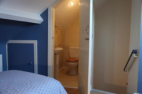 top floor toilet.jpg