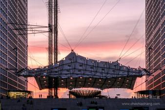 Nuage de la Grande arche de la Défense-1