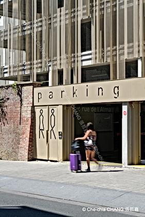 Parking gare de Roubaix