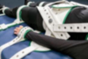 Patientenfixierung: 5-Punkt Fixierung eines Patienten