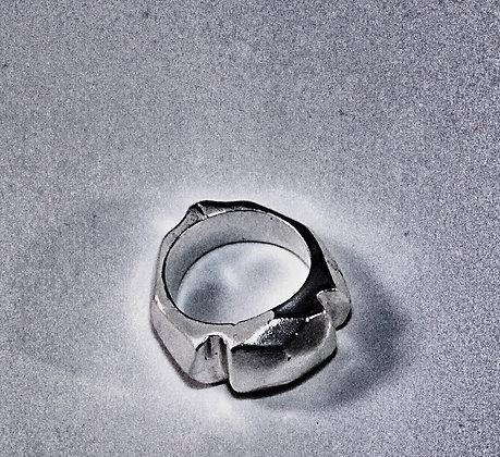 D Cut Ring