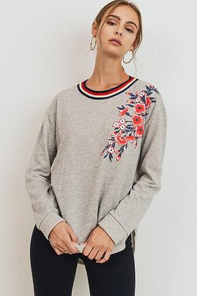 Floral Applique Sweathshirt
