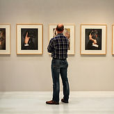 exhibition-1659478_1920.jpg