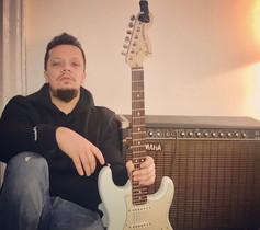 Fender;)