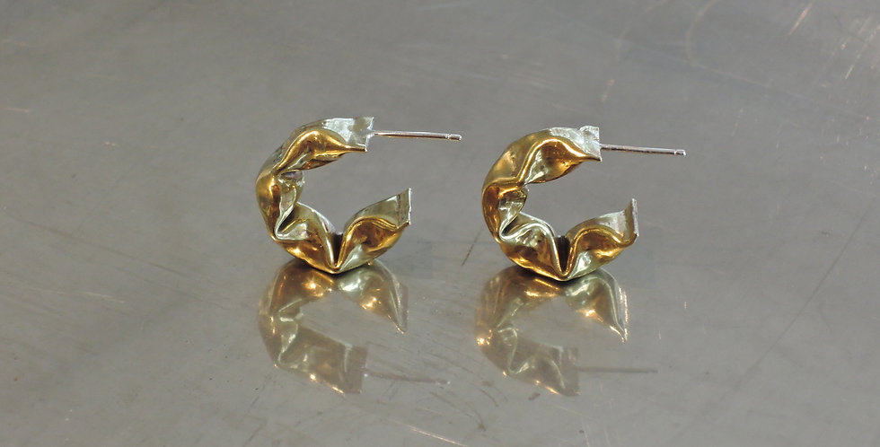 Golden four puffs earrings with silver post