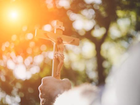 Salib Kristus: Belas Kasih yang Berdaya Ubah