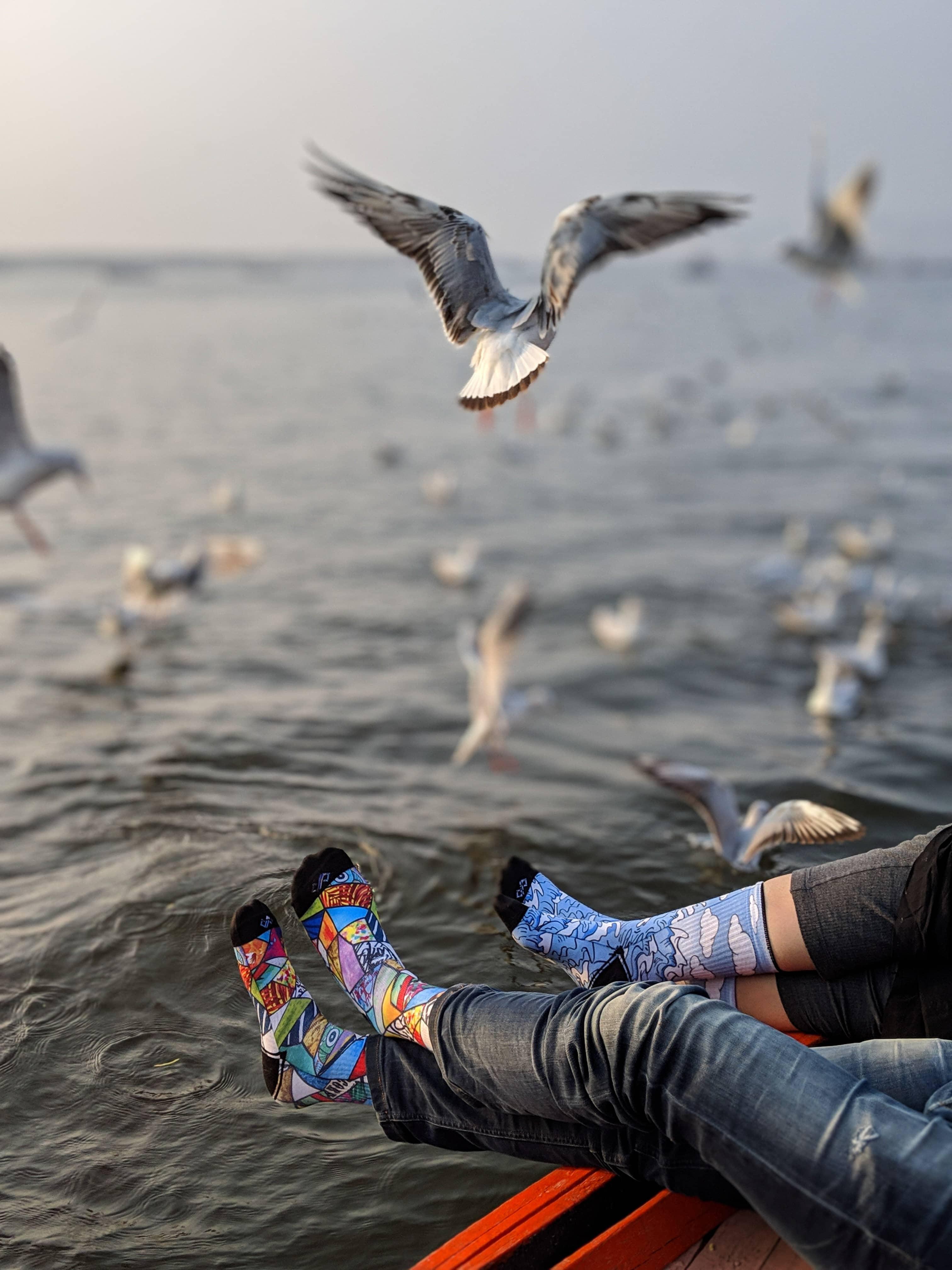Dynamocks waves and art bomb socks for men & Women