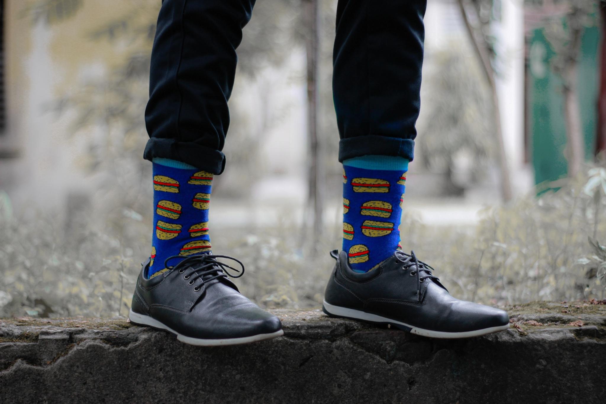 Dynamocks burger socks for men & Women