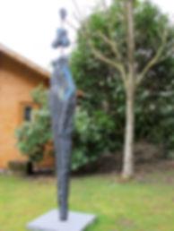 Sculpture beton silhouette bleu