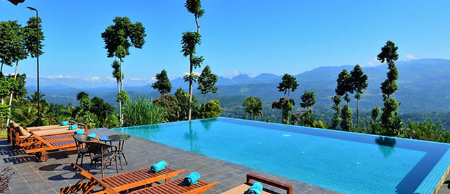 Luxury resort and hotel in Kandy, Sri Lanka with amazing views and infinity pool ovelooking Knuckles mountain range