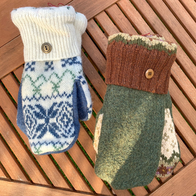 Traditional mitts