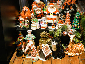 9 tips for holiday window display decoration