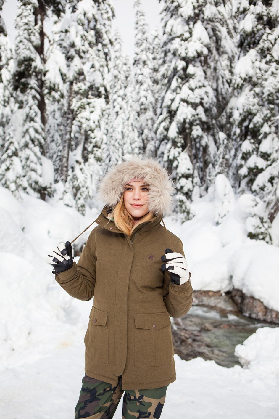 EMPYRE SNOW
